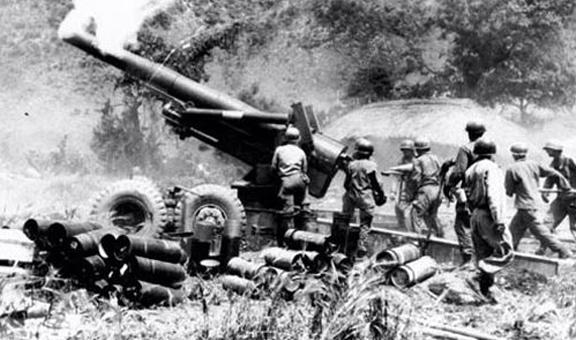 ...发动首次战役迫使联合国军从鸭绿江边撤退至清川江.11月中...
